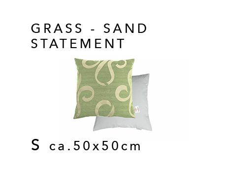 media/image/Sofakissen-mit-Schrift-GRASS-SAND-STATEMENT.jpg