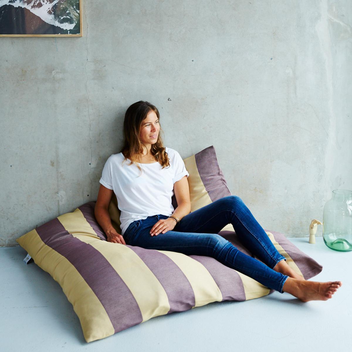 bodenkissen 135x135cm bodenkissen darling little place. Black Bedroom Furniture Sets. Home Design Ideas